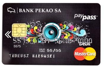 Kolejny gigant wprowadza karty zbliżeniowe. MasterCard Debit w ofercie Pekao SA