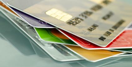 Raport PRNews.pl: Rynek kart kredytowych - IV kw. 2014