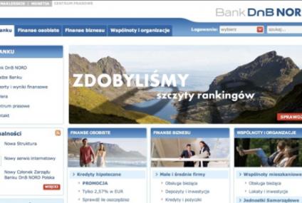 Banki mocniej stawiają na internet