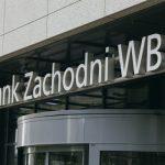 BZ WBK i ING mają zwrócić klientom pieniądze. To efekt decyzji UOKiK-u [Bankier.pl]