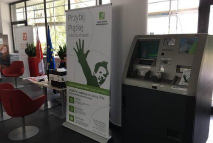 Łącki Bank Spółdzielczy zaprezentował biometrię dłoni w Ministerstwie Cyfryzacji
