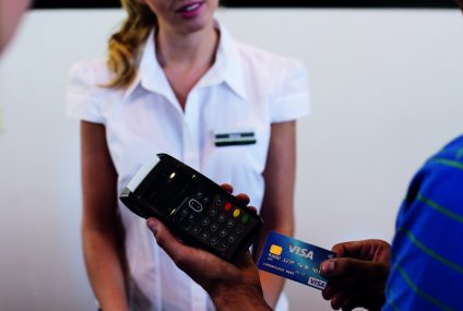 Płać kartą eurobanku nie tylko na wakacjach i zyskuj