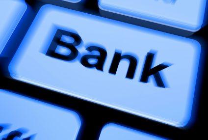 Jak uniknąć zajęcia nazwy banku w domenie internetowej przez osobę trzecią albo nieuczciwego pracownika?