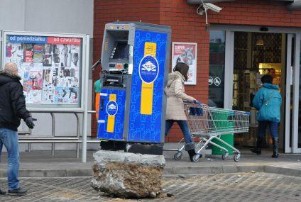 Policja rozpracowała szajkę wysadzającą bankomaty