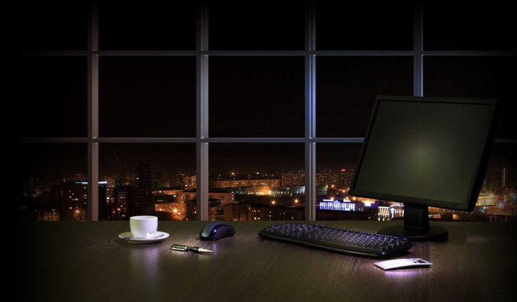 praca, zwolnienia, biuro