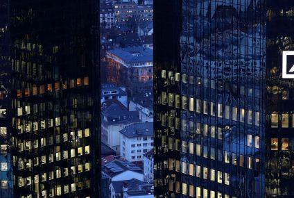 Deutsche Bank rozdaje pieniądze na premie pomimo kolejnej straty