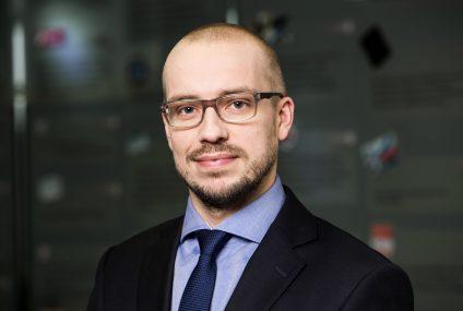 """Prognozy 2018. Robert Piotr Hibner, mBank: """"Wyzwaniem będzie zachęcenie klientów do zakupu produktu w trakcie krótkiej sesji na smartfonie"""""""