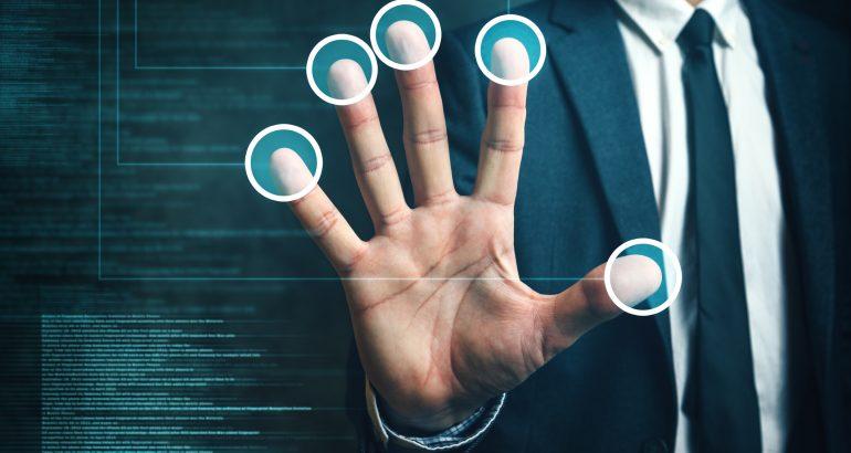 Mastercard wprowadza uwierzytelnianie biometryczne jako nowy standard zakupów online
