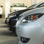 Ubezpieczyciele niechętni taksówkarzom. Lepiej mają kierowcy Ubera?