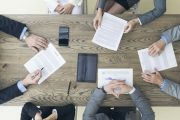 Nierówna pozycja kobiet i mężczyzn na rynku pracy zaczyna się już na etapie rekrutacji