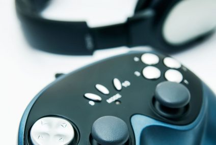 Play ubezpieczy wirtualne przedmioty w grach oraz sprzęt gamingowy