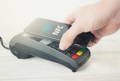 Już można podpinać karty Visa do Google Pay w Raiffeisen Polbanku