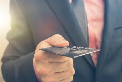 Alior Bank wprowadził wielowalutową kartę dla firm. Bez przewalutowania, ale z prowizją