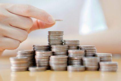 Polacy oszczędzają coraz więcej, jednakże wciąż pozostają w ogonie Europy