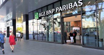 Wiemy, na jakie dodatkowe odszkodowania i świadczenia mogą liczyć zwalniani pracownicy BGŻ BNP Paribas