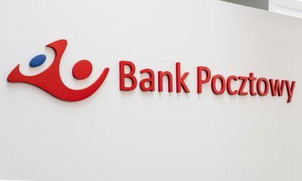 Bank Pocztowy oferuje online tłumacza języka migowego