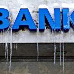 Ubyło 1400 miejsc pracy w bankach [Bankier.pl]