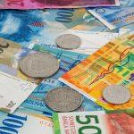 Serbia przewalutuje kredyty we frankach [Bankier.pl]