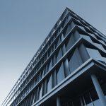 Banki tną zatrudnienie, Europa w awangardzie