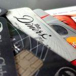 Diners Club promuje karty. Jest okazja na zgarnięcie plastiku bez opłaty rocznej