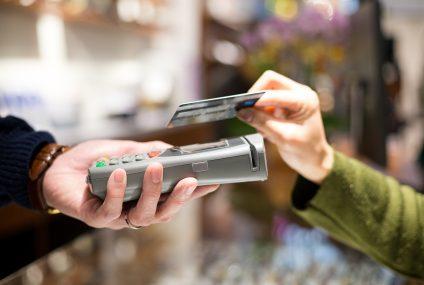 Visa ruszyła z nową kampanią promującą płatności zbliżeniowe kartą i mobilne