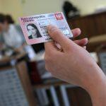 Dlaczego instytucje płatnicze potrzebują skanów naszych dowodów? Rkantor.com wyjaśnia