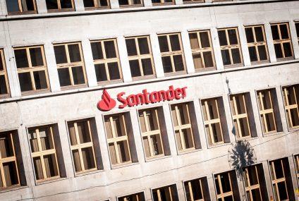 Bankomaty i cashback bez prowizji dla klientów Santander Banku Polska