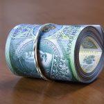 Mocny wzrost popytu na hipoteki, inne kredyty sprzedają się gorzej