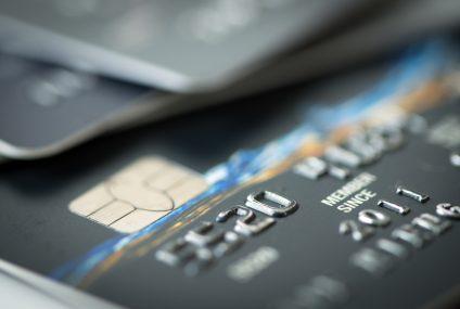 Karty kredytowe wracają do łask. W czerwcu rynek odnotował 10 proc. wzrost sprzedaży