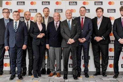BLIK będzie zbliżeniowy.Polski Standard Płatności i Mastercard zawarły partnerstwo