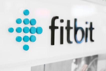 SGB udostępnił posiadaczom kart Visa płatności Fitbit Pay