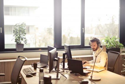 Doceniliśmy pracę zdalną. 64% pracowników po powrocie do biura chce częściej korzystać z tej możliwości
