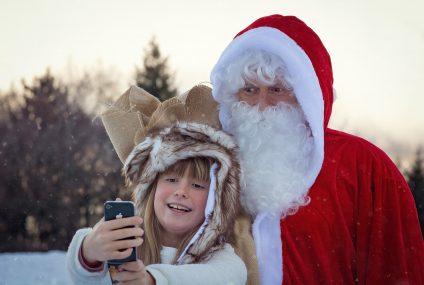 Sprawdzili, jakiej polisy potrzebuje św. Mikołaj