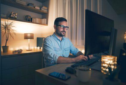 Rośnie popularność płatności online. Kosztem tradycyjnych metod