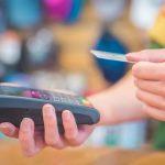 Płatności zbliżeniowe biją rekordy. Mają już ponad 94 proc. udziału w ogólnej liczbie bezgotówkowych transakcji kartami