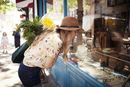 Badanie Mastercard: powrót do normalności rozpoczyna się od najbliższego otoczenia — po pandemii więcej kupujemy u lokalnych sprzedawców