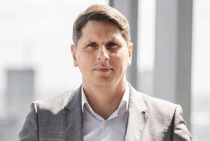 Marcin Ludwiszewski pokieruje ʺPurple Teamʺ w Standard Chartered