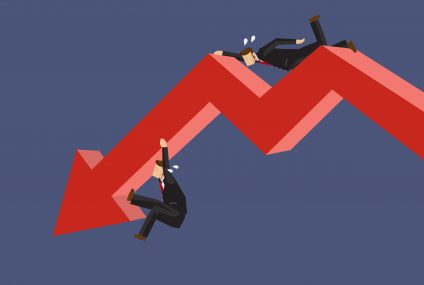 Rynkiem kredytowym rządzi niepewność wywołana pandemią. Banki mogą wrócić do ostrzejszej polityki, zwłaszcza w segmencie mieszkaniowym