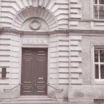 Nowe dane KNF. W sierpniu z pracą w bankach pożegnało się kolejne 650 osób