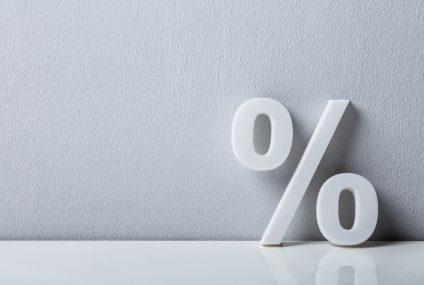 Polacy na lokatach bankowych tracą rekordowe 4,7 proc.