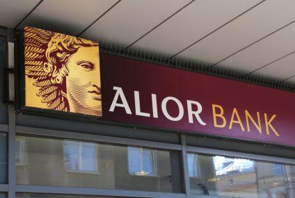 Alior Bank wprowadził dla klientów firmowych nową kartę debetową - Mastercard z Plusem